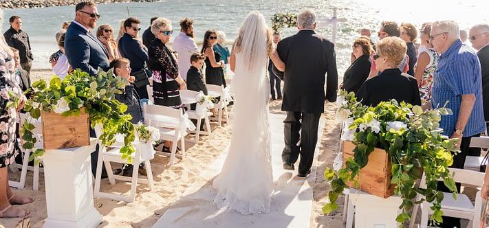 Beach Wedding Entrance : Joyce Mathers Celebrant